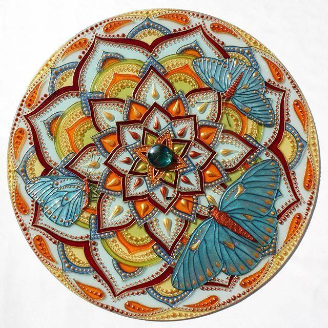 #mandala  #mandalas #mandalaart #beautiful_mandalas #butterfly #butterflies #handmade #myart #myartwork #showyourwork #glass #glasspainting #glassart #glassartist #мандала #росписьстекла #росписьпостеклу #витражнаяроспись #витраж #mandala_sharing #love_mandalas