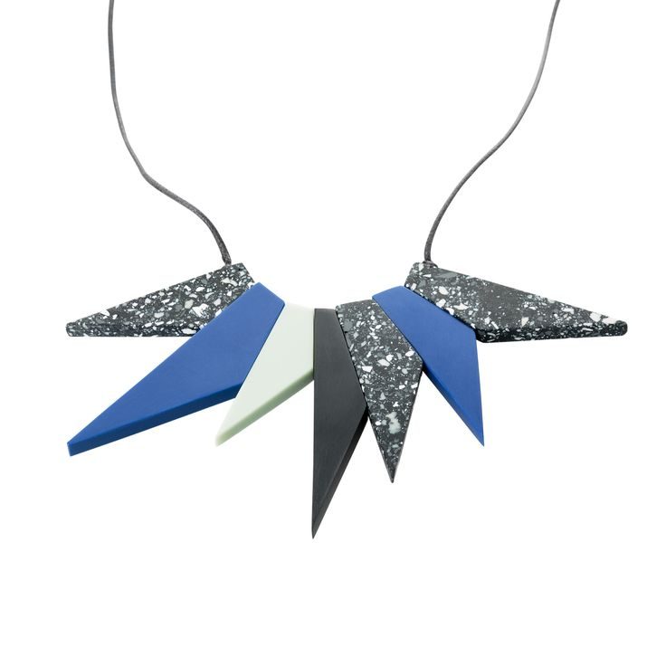 Buy the Poppy Spike Collar Necklace at Oliver Bonas. Enjoy free worldwide standard delivery for orders over £50.