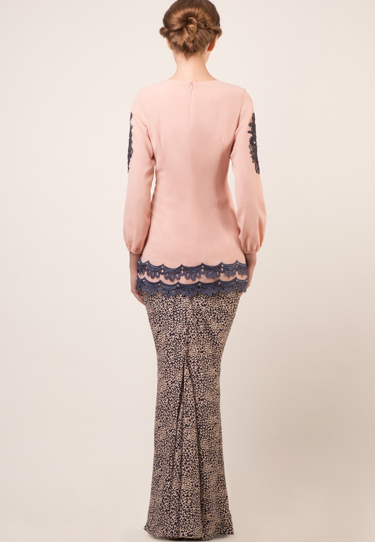 Jules by Jovian Mandagie. Another lovely colour combo. :)