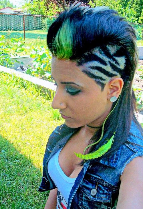 girl mohawk-not to many girls could pull that off but this girl did it! Cute!