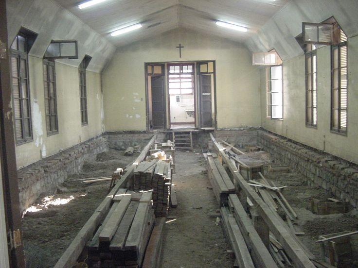 Reciclaje pabellones Antiguo Hospital San José. Santiago 2003. Cristián Amenábar, Alberto Gómez, Arquitectos.