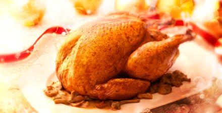 Feestelijk gevulde kalkoen - beschrijving is voor bereiding in de oven maar kan natuurlijk ook in de Slowcooker