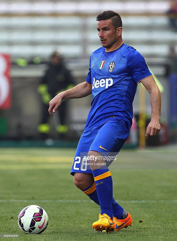 Simone Padoin of Juventus FC in action during the Serie A match between Parma FC and Juventus FC...