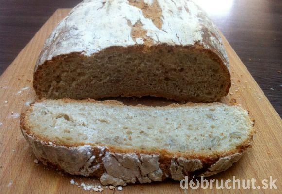 Fotorecept: Špaldovo-ražný chlebík ako od babičky