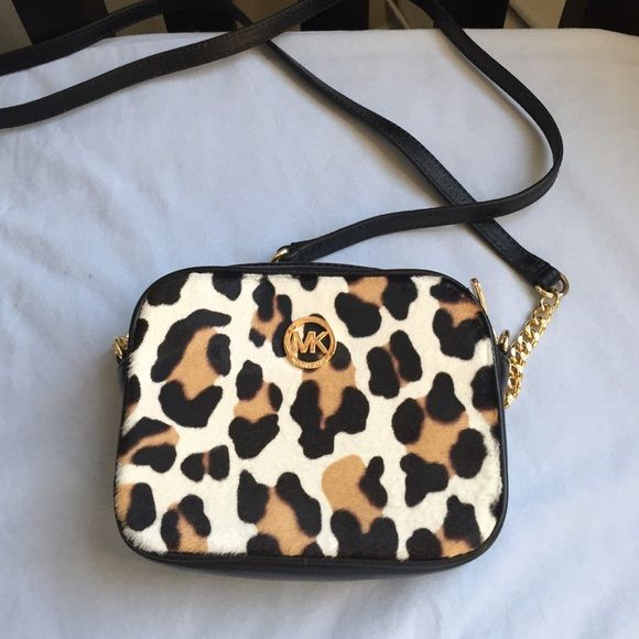 bfc64d9daed3 michael kors leopard crossbody bag