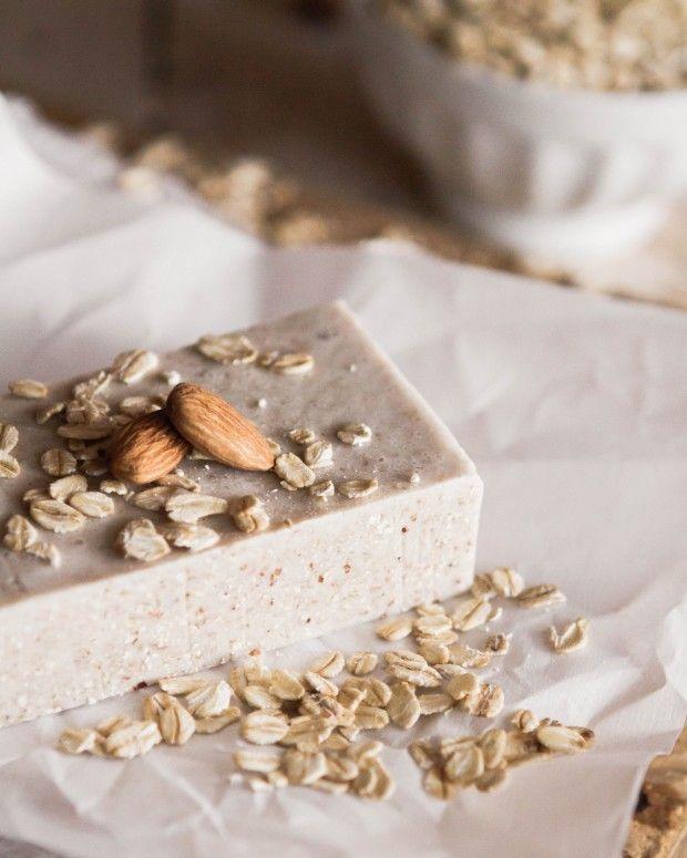 Cómo hacer un jabón de glicerina y leche de almendras