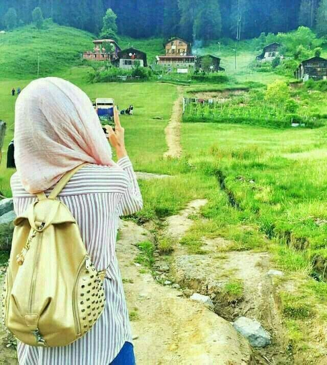 Yeni Arkasi Donuk Kapali Tesetturlu Kiz Profil Resimleri Hijab Profile Pictures Guzel Turban Fotografcilik Siyahi Kizlar