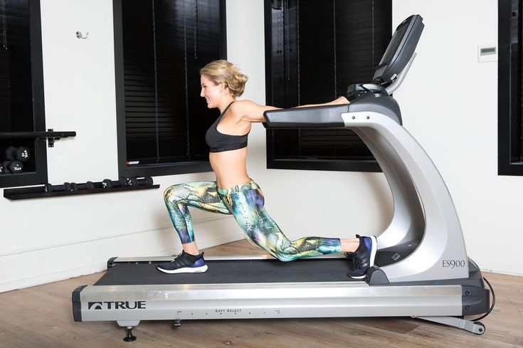 chest-shoulder-stretch-treadmill
