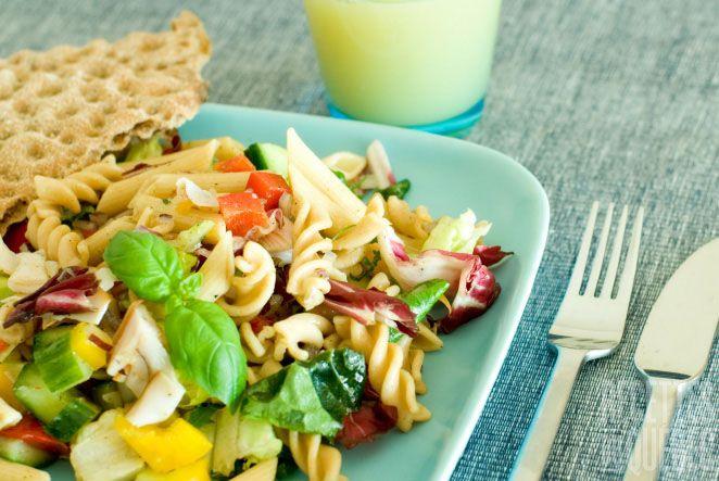 Salade de fusilli aux légumes | .recettes.qc.ca