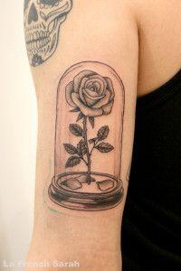 tatouage rose de la belle et la b te beauty and the beast. Black Bedroom Furniture Sets. Home Design Ideas