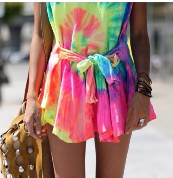 I would wear this to the beach or to the park!