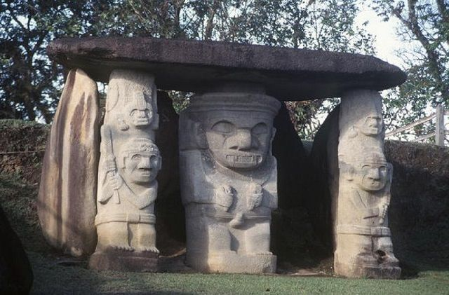 Часовые времени. Каменные идолы Сан-Агустина