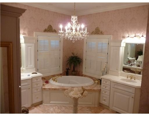 87 best images about pretty bathrooms on pinterest for Girly bathroom ideas