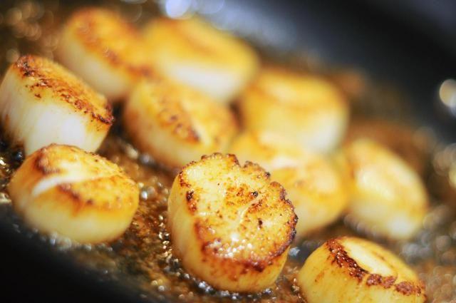 Pan-Seared Scallops in Thai Sauce Recipe