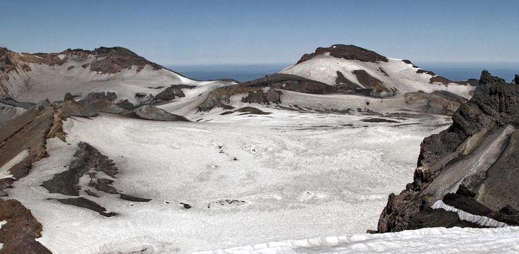 Mount Ruapehu summit panorama.