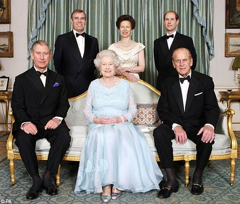 60th Wedding Anniversary Photo (2007) of Queen Elizabeth II and The Duke of Edinburgh, with their children The Prince of Wales, The Duke of York, The Princess Royal, and The Earl of Wessex.