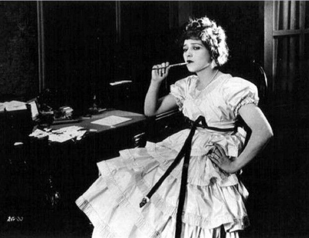 Vintage Style Muse: Mary Pickford