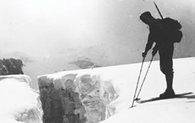 Klaus on the Wildspitz Glacier wearing the first ever short skis. During the war Klaus would hike up with the shorts skis in his rucksack.
