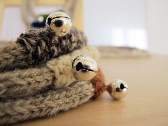 3 Tubes Knit & Crochet Jingle Necklace 100 Virgin by yorokobiness, €27.00