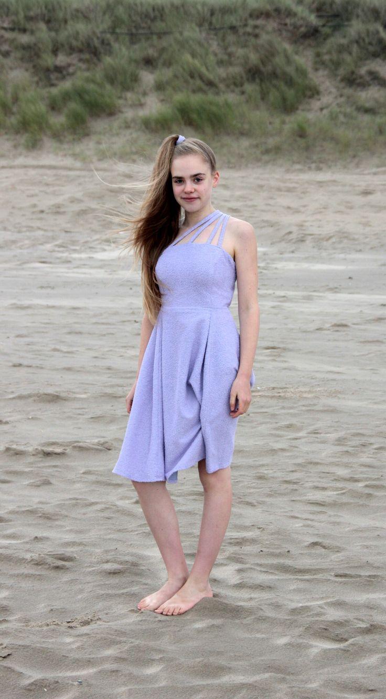 Een jurk die @klaske_duin heeft gemaakt A dress @klaske_duin  made herself  Taken with: a Canon EOS 60D