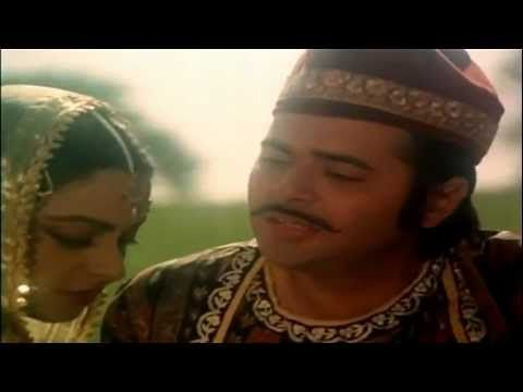 Farooq Sheikh succeeds in getting right under the skin of the character he plays with such sincerity that you forget the actor and remember only the character. #IndianCinema #FarooqShiekh