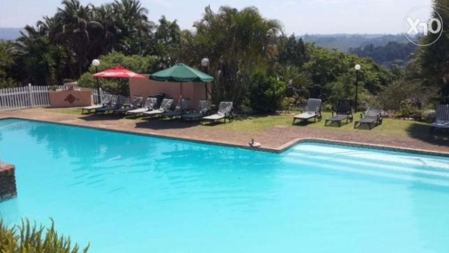 R  595,000: Glenmore ! Unit for Sale !! This unit is situated in a large, secure complex at the entrance to Glenmore Beach. The complex comprises of many individual units, a communal swimming pool with braai are...