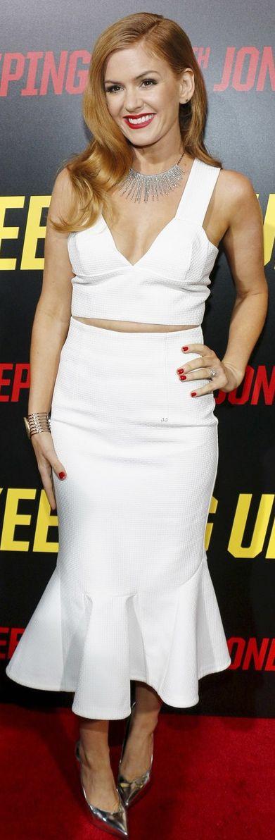 Isla Fisher wearing Brian Atwood