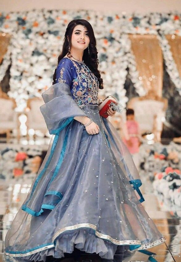 Pin By Rabyya Masood On Dressing Style Ideas In 2020 Wedding Dresses For Girls Beautiful Pakistani Dresses Pakistani Party Wear Dresses