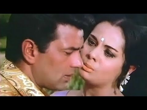 Super Hit Love Song from Loafer (1973) a Crime Thriller, Musical Movie starring Dharmendra, Mumtaz, Keshto, Om Prakash, Mukri.   Music : Laxmikant Pyarelal, Director: A. Bhim Singh   Singer: Lata Mangeshkar