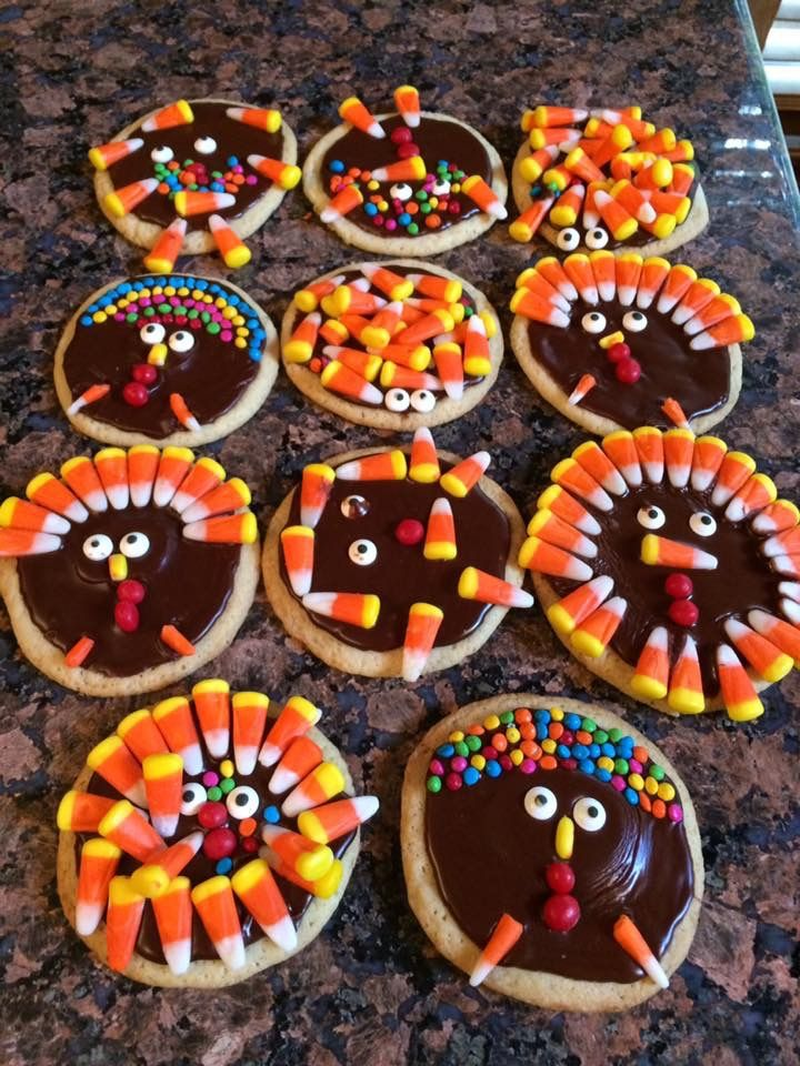 Turkey cookies with Andrew and Simon 2016 ages 6 and 4