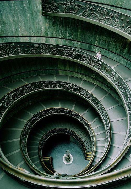 Espiral                                                                                                                                                                                 Más