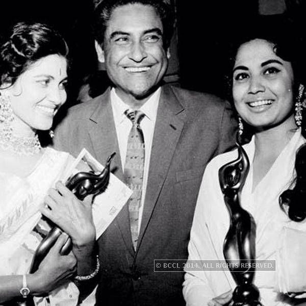 Shashikala , Ashok Kumar and Meena Kumari