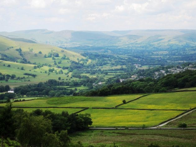 10 walks from the Peak District National Park including Chatsworth and the Derbyshire Dales