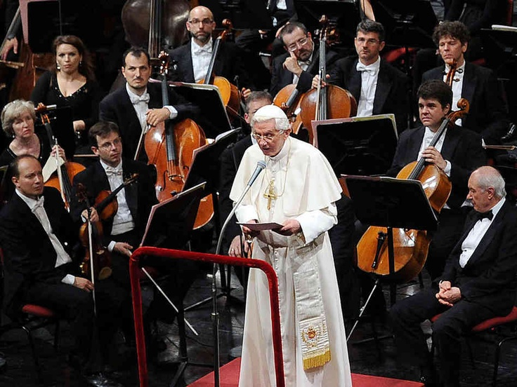 W La Scali przed koncertem IX Symfonii Beethovena