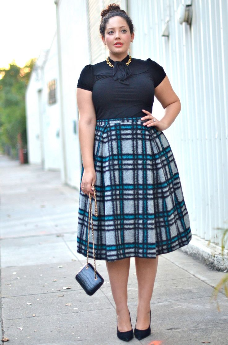 My favorite silhouette, with an amazing pleated plaid skirt!