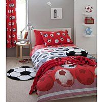 Football Red Single Duvet Set.        This single duvet cover set fits a standard single duvet and comes with  matching standard size pillowcases.           A great duvet set for those football mad children out there!!  £12.99