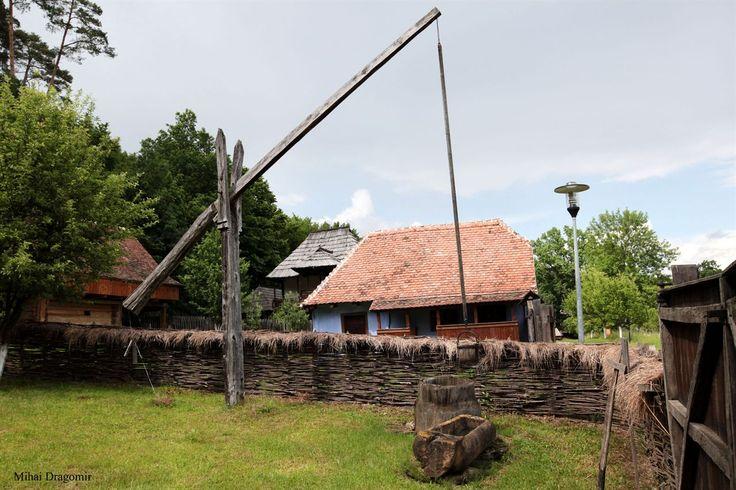 Muzeul Civilizaţiei Populare Tradiţionale ASTRAdinSibiueste cel mai mare muzeu în aer liber din România, o destinaţie de trei stele în Ghidul Verde Michelin. Este locul ideal pentru a descoperi viaţa rurală tradiţională românească;