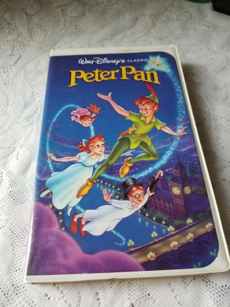 Excited to share the latest addition to my #etsy shop: Free US Shipping / Vintage 1990 Peter Pan VHS / Black Diamond / The Classics / lost boys / captain hook / neverland / tinkerbell / disney #everythingelse #vhs #theclassics #blacklabel #disney #collectible #waltdisney #animatedfilm #fantasyfilm http://etsy.me/2hHQqVq