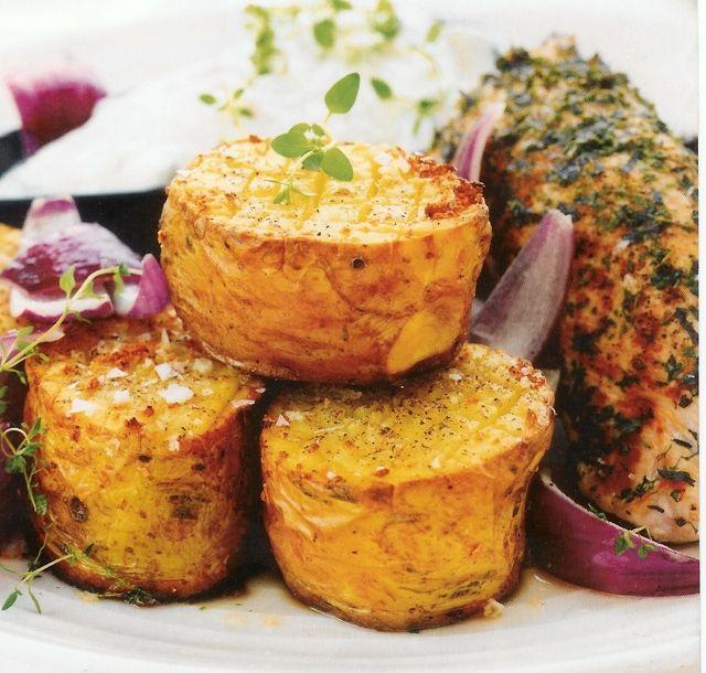 Grekisk kalkon med feta- och vitlökbakad potatis