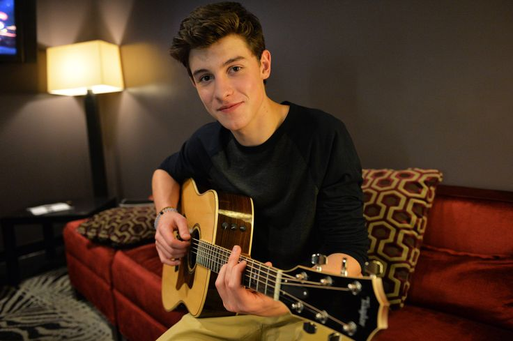 Go Behind-the-Scenes with Shawn Mendes at His Latest Performance