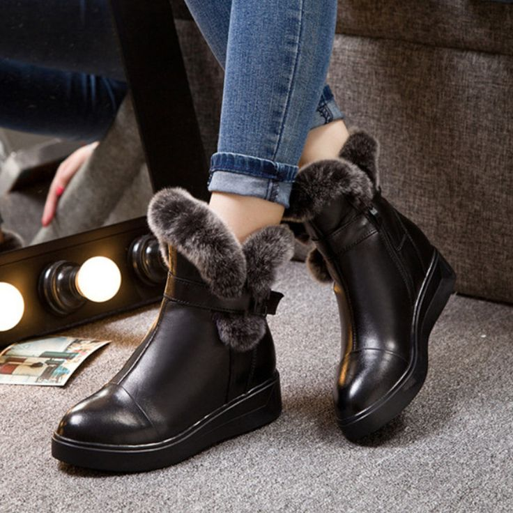 Ucuz 2016 Yeni Winer Ayakkabı Kadın Ayak Bileği Çizmeler Kürk Sıcak Kürklü kar Çizmeler Moda Deri Çizmeler Kadın Düz Ayakkabı Rahat Kısa çizmeler, Satın Kalite bayan botları doğrudan Çin Tedarikçilerden: 2016 Brand New Rhinestone Winter Snow Boots Women Shoes Fashion Warm Fur Australia Boots Women Ladies Shoes Casual Ankle