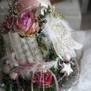 Eine traumhaft schöne Adventsdeko...die Schönheit liegt oft in der Einfachheit der Dinge..Advent, wie es geschrieben steht...auf einem Glasteller sitzt ein Nest aus aufgerollten...