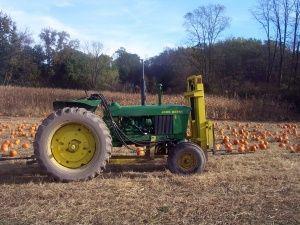Pumpkin Picking at Gill's Farm in Hurley, NY. #HudsonValley #Farms