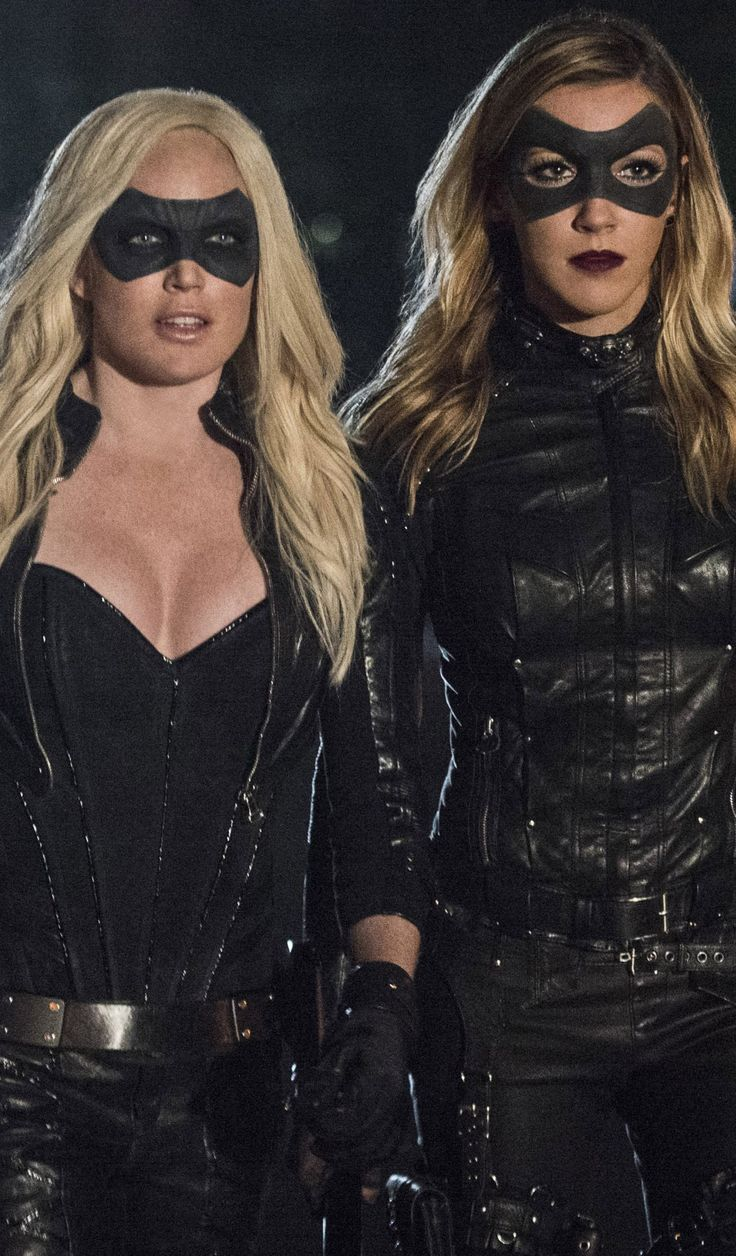 People don't seem to understand... Sarah Lance is now the White Canary, and Laurel Lance is now the Black Canary.