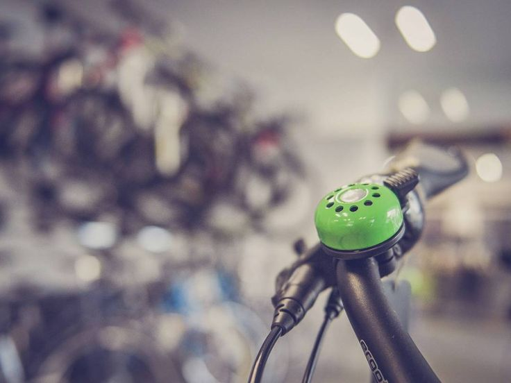 What sets a good bike shop apart from another? 1. Good variety of pumps tools bags LED lights and GPS 2. Service-orientation 3. Evolve to the changing market 4.  Create a group activity http://amzn.to/2bUnSkp  #livetoride #dirtjump #rampage #mountainbike #redbull #scott #devinci #giant #followme #like4like #love #amazing #magura #maguramt7