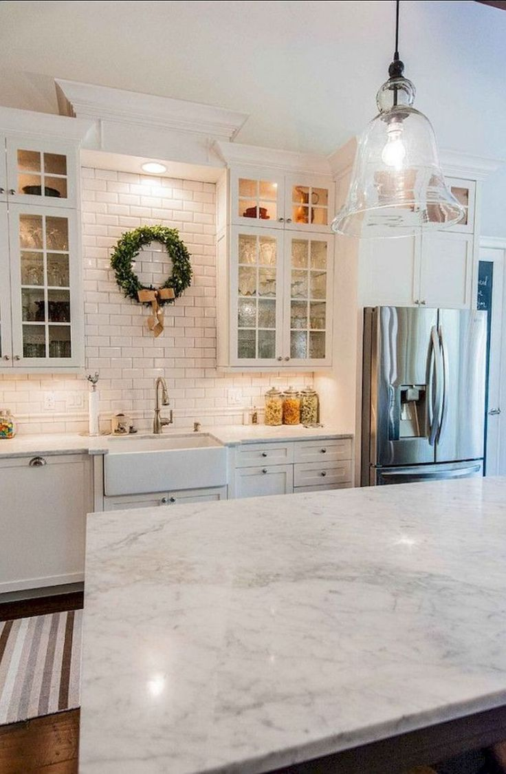 Farmhouse Kitchen Cabinets Decorating Ideas On A Budget (22)