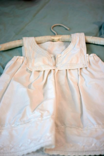 blue eyed freckle: A little French: Pillowcase Dress tutorial