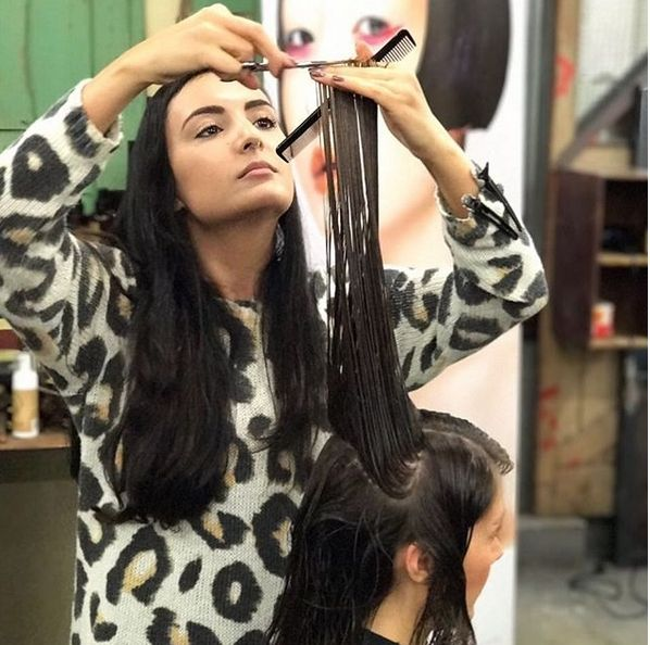 Finding The Right Hair Styling Courses In Melbourne Can Be A Really Difficult Task As The Options Avai Course Hair Hairdressing Courses Hair And Beauty Courses