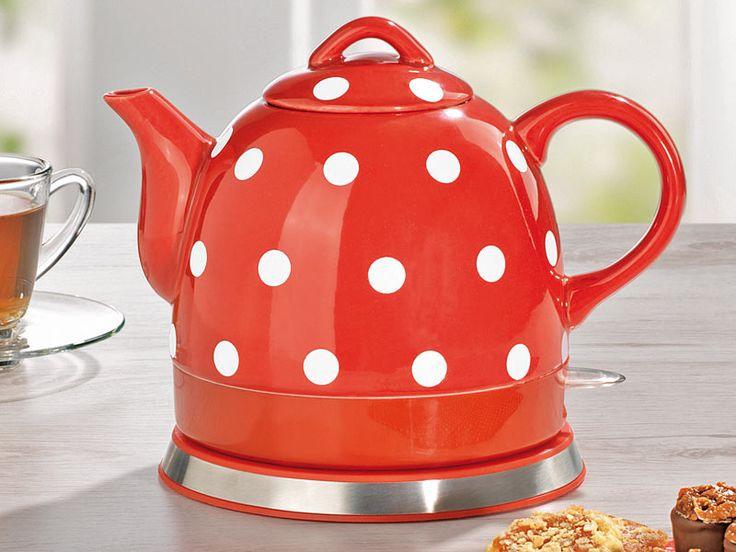 Keramik-Wasserkocher Pünktchendekor rot-weiß. Praktisch und dabei richtig hübsch!