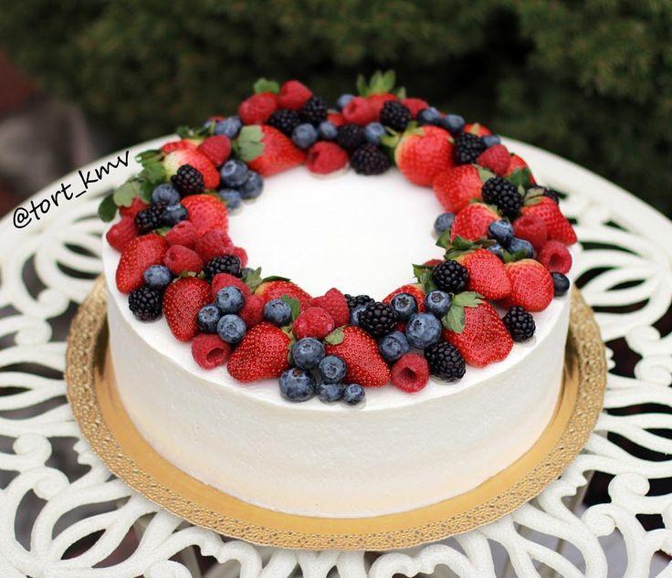 диктант ежегодная торт с клубникой и голубикой фото легко